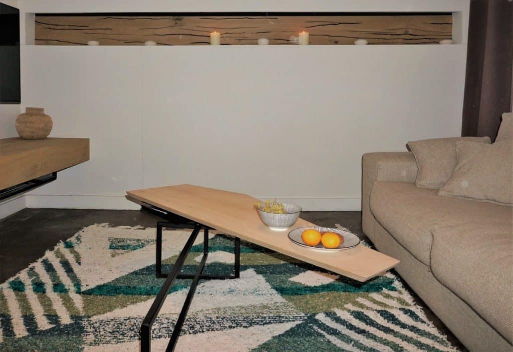 Table paresseux signé NAMO avec fruits